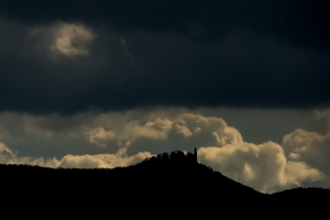 Regen über Burg Teck