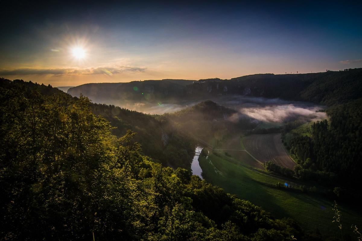 obere Donau vom Eichfelsen aus bei Irndorf-.jpg