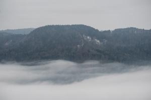 Nebel im Eyachtal, Grat
