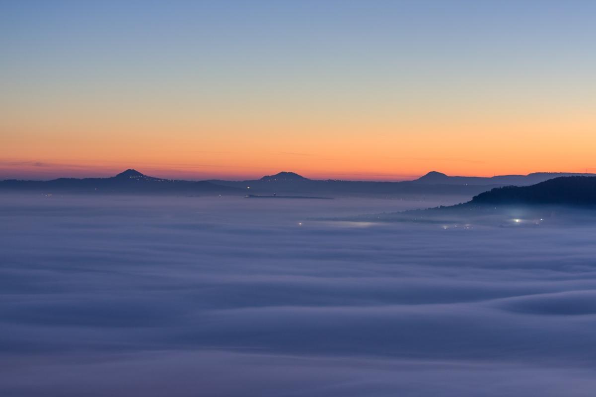 Nebelmeer vor den drei Kaiserbergen