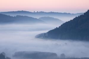 Nebel im Tal - Ausblick vom Wenzelstein