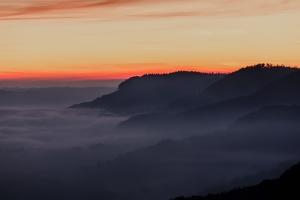 Tagesanbruch mit Blick auf die Berge Richtung Albstadt