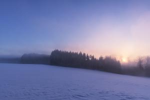 Winterlicher Sonnenaufgang bei Eglingen