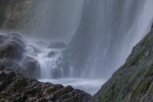 Wassertopf am Uracher Wasserfall