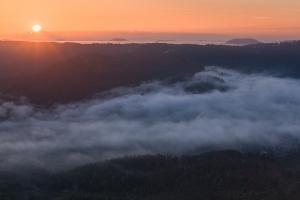 Sonne über dem Tal