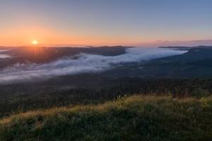 Sonnenaufgang über Laufen an der Eyach