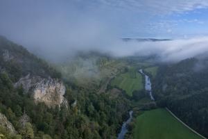 Blick von Knopfmacherfelsen ins Donautal