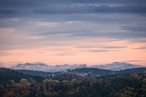 Blick vom Lochenstein Richtung Alpen